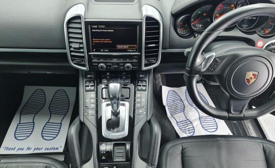 2014/3 Porsche Cayenne 3.0 TD V6 Platinum Edition Tiptronic S £27,690 CIF