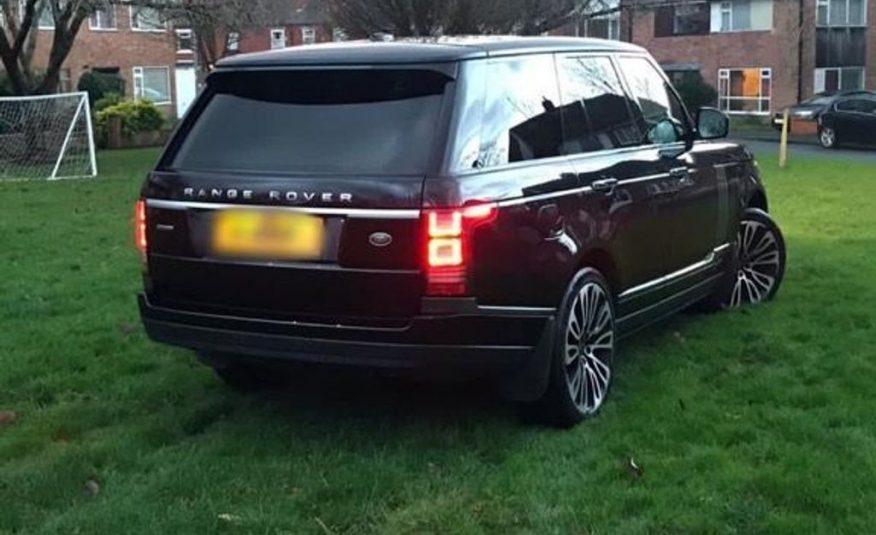 2014/3 Land Rover Range Rover 4.4 SD V8 Autobiography £38,490 CIF
