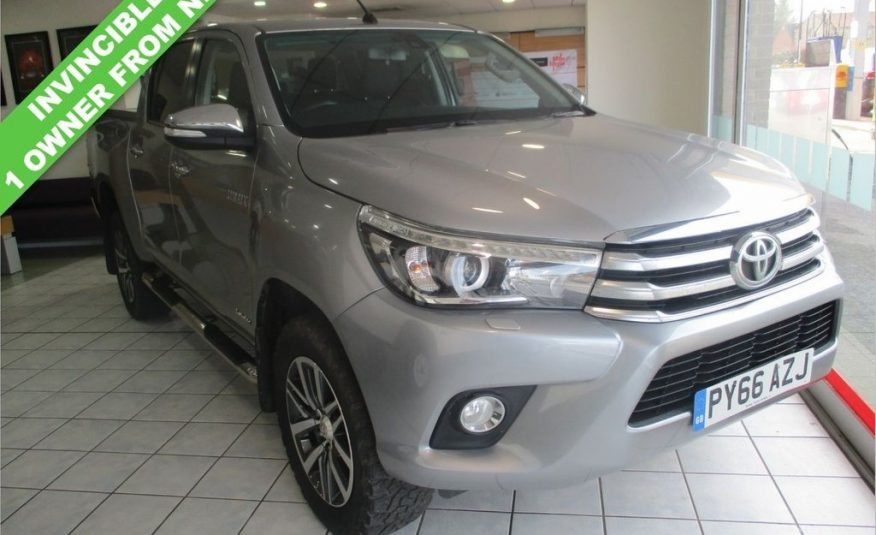 2016/12 TOYOTA HI-LUX 2.4 INVINCIBLE 4WD SOLD!